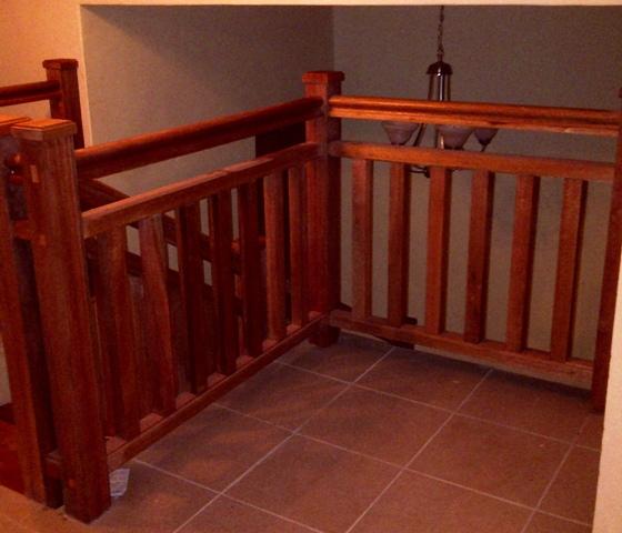 meranti-balustrades-with-square-uprights